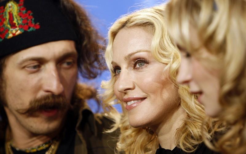 Berlinale 2008 Madonna Presenta Il Suo Esordio Alla Regia Filth And Wisdom Insieme Al Protagonista Eugene Hutz 53664
