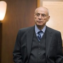 Alan Arkin in una scena di Rendition