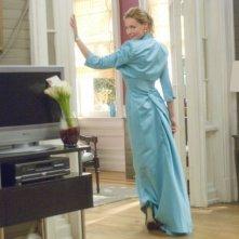 Abito azzurro per Katherine Heigl, protagonista del film 27 volte in bianco