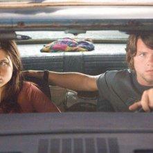 Zachary Knighton con Sophia Bush in una scena di The Hitcher