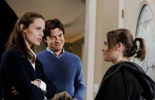 Ellen Page, Jennifer Garner e Jason Bateman in una scena del film Juno