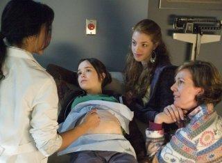 Ellen Page, Olivia Thirlby e Allison Janney in una sequenza del film Juno