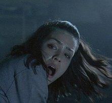 Shannyn Sossamon in una sequenza del film Chiamata senza risposta