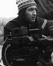 Paolo Sorrentino dirige le riprese del film Le conseguenze dell'amore