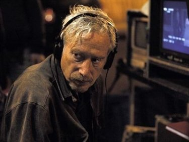 Il regista Peter Del Monte sul set del film Nelle tue mani