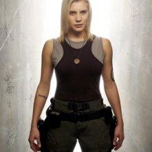 Katee Sackhoff (Starbuck) in una foto promozionale per la quarta stagione di Battlestar Galactica