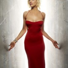 Tricia Helfer (Six) in una foto promozionale per la quarta stagione di Battlestar Galactica