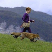 Bertille Noël-Bruneau in un'immagine tratta dal film La volpe e la bambina (Le renard et l'enfant)
