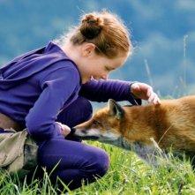 Bertille Noël-Bruneau in una sequenza del film La volpe e la bambina