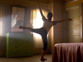 Summer Glau in una scena di danza di 'The Demon Hand', settimo episodio di Sarah Connor Chronicles