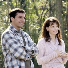 Steve Carell accanto a un'incantevole Juliette Binoche in una scena del film L'amore secondo Dan
