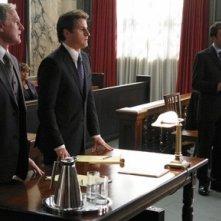 Victor Garber, Sam Jaeger e Jonny Lee Miller nel pilot di Eli Stone