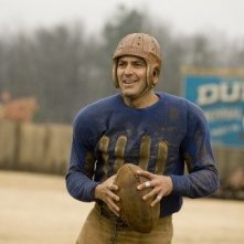 George Clooney in una scena della commedia sentimentale In amore, niente regole