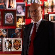 Claudio Bisio in una scena del film Amore, bugie e calcetto