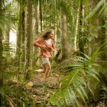 Abigail Breslin in una scena del film Alla ricerca dell'isola di Nim da lei interpretato nel 2008