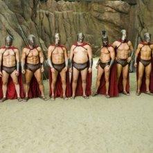 Gli spartani pronti alla battaglia in una scena del film 3ciento - Chi l'ha duro... la vince