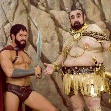 Ken Davitian e Sean Maguire in una sequenza del film 3ciento - Chi l'ha duro... la vince