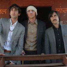 Jason Schwartzman, Owen Wilson e Adrien Brody in una scena del film di Anderson Il treno per il Darjeeling (2007)