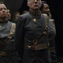 Michael Hogan in una scena dell'episodio 'Six of One' della quarta stagione di Battlestar Galactica