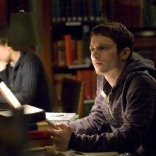 Elijah Wood in una scena del film Oxford Murders