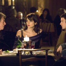 Elijah Wood, John Hurt e Leonor Watling in una sequenza del film Oxford Murders - Teorema di un delitto