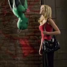 Drake Bell e Sara Paxton in una sequenza del film Superhero Movie (2008)
