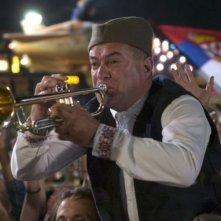 Mladen Nelevic in una sequenza del film Gucha