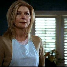 Beth Broderick interpreta Alice Miller, la madre di Max, in un episodio di Supernatural: 'Incubi'