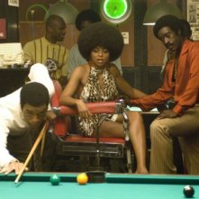 Chiwetel Ejiofor, Taraji P. Henson e Don Cheadle in una scena del film Talk to me