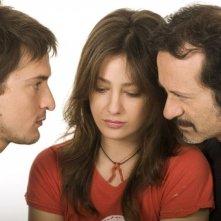 Alessandro Tiberi, Giovanna Mezzogiorno e Rocco Papaleo in una foto promozionale del film L'amore non basta