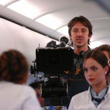 Il regista Stefano Chiantini sul set del film L'amore non basta