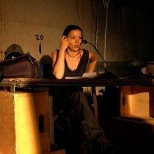 Beatrice Orlandini in una scena del film La velocità della luce