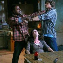 Jared Padalecki, Sterling K. Brown e Amber Benson nell'episodio 'Bloodlust', della serie Supernatural