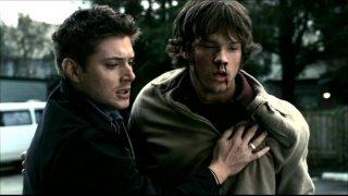 Jensen Ackles e Jared Padalecki  nell'episodio 'La trappola del diavolo' di Supernatural