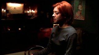 Alyson Hannigan in una scena dell'episodio 'Il sapore del terrore' della quarta stagione di Buffy - L'ammazzavampiri