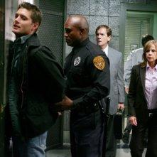 Jensen Ackles, Linda Blair e Andy Stahl nell'episodio 'The usual suspects' della serie tv Supernatural