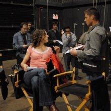 Jensen Ackles e Elizabeth Whitmere sul set dell'episodio 'Hollywood babylon' della serie tv Supernatural