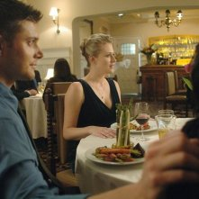 Jensen Ackles  e Samantha Smith nell'episodio 'What is and What should never be' della serie Supernatural