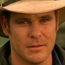 Aaron Jeffery nei panni di Alex Ryan nella serie tv 'Le sorelle McLeod'