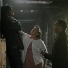 Jared Padalecki, Spencer Garrett e Merrilyn Gann nell'episodio 'A very supernatural Christmas' della serie Supernatural