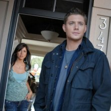 Jensen Ackles e Cindy Sampson nell'episodio 'The Kids are alright' della serie Supernatural