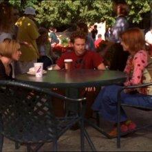 Paige Moss, Seth Green e Alyson Hannigan in una scena dell'episodio 'Lupi mannari' della quarta stagione di Buffy - L'ammazzavampiri