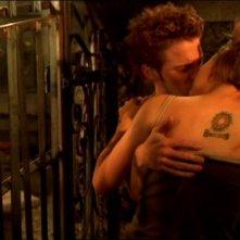 Seth Green e Paige Moss in una scena dell'episodio 'Lupi mannari' della quarta stagione di Buffy - L'ammazzavampiri