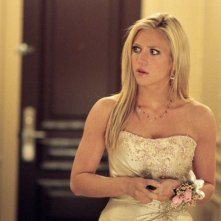 Brittany Snow in una scena del film Che la fine abbia inizio