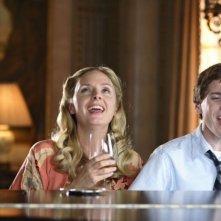Hope Davis e Anton Yelchin in una scena del film Charlie Bartlett
