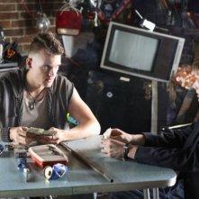 Tyler Hilton e Anton Yelchin in una scena del film Charlie Bartlett