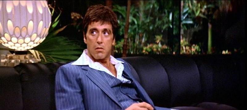 Al Pacino è un magnifico Tony Montana nel film SCARFACE