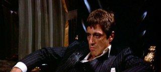 un primo piano di Al Pacino in una scena di SCARFACE