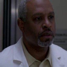 James Pickens Jr. nel ruolo del dottor Webber, primario di cardiochirurgia nella serie Grey's Anatomy, episodio 'the Name of the Game'