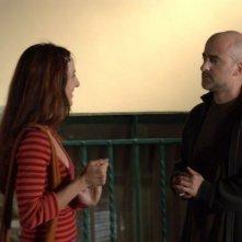 Valentina Carnelutti e Angelo Orlando in una scena del film Sfiorarsi